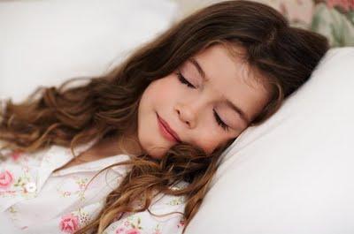 http://4.bp.blogspot.com/-YbdFIYoauNo/TbQUSq4HLLI/AAAAAAAADIY/eizyyfwIR2A/s1600/tidur+yg+ideal.jpg